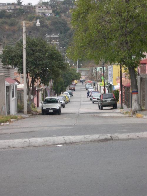 (l) Calle Lago Como