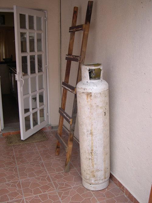 (o) Gas Tank